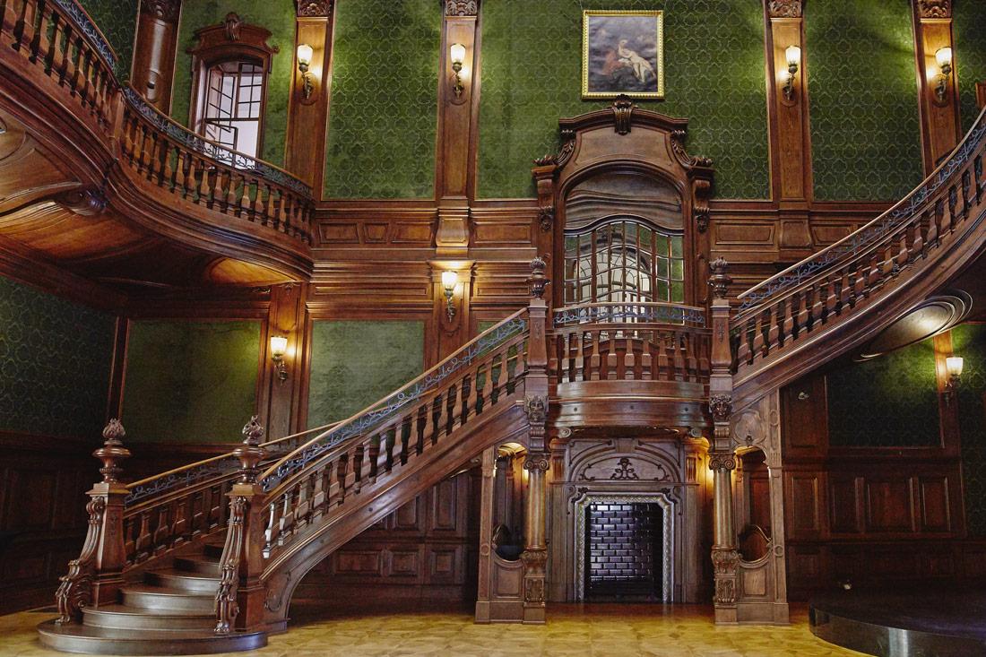 Pałac Goetza | Schody neobarokowe
